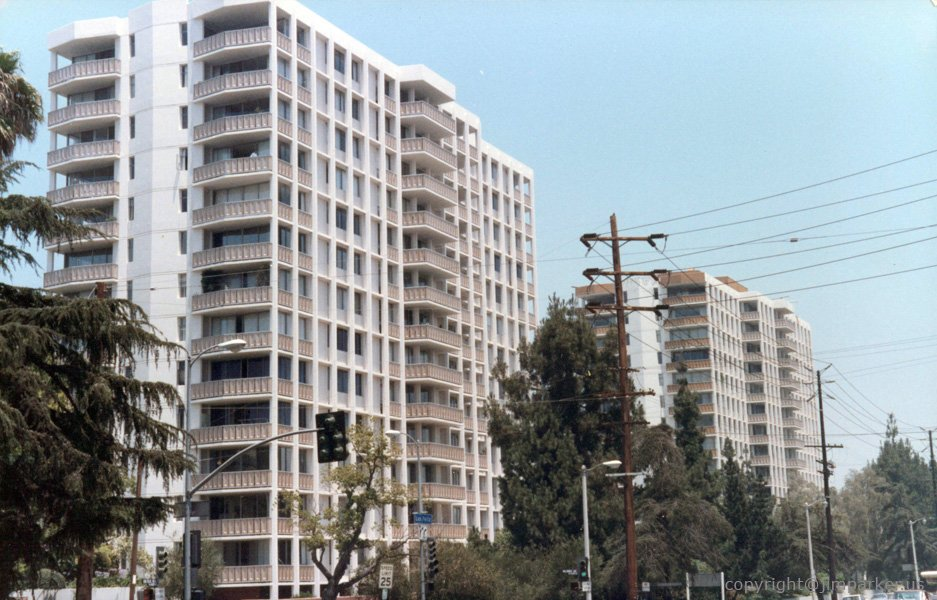 Los Feliz Towers completed paint project